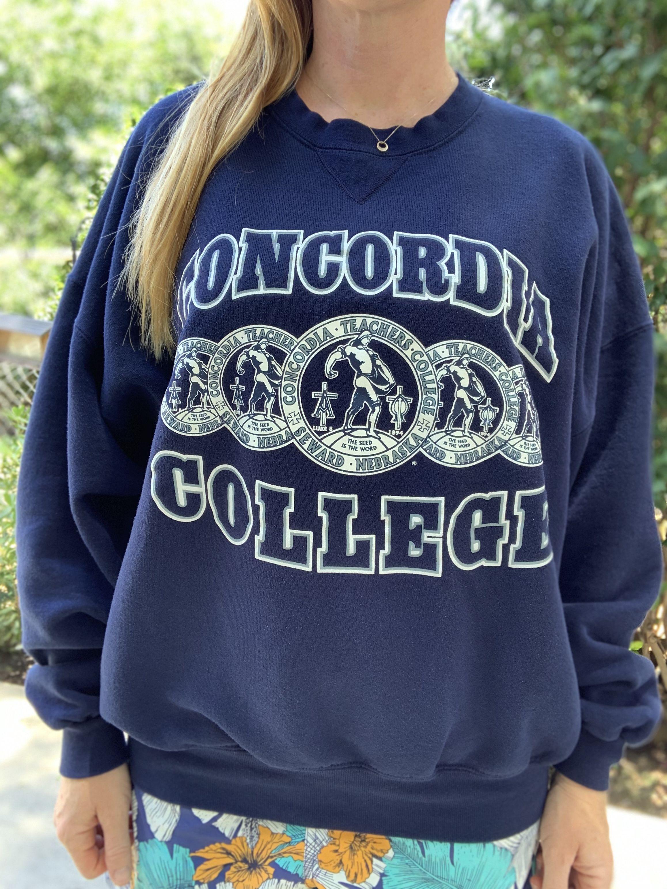 Vintage 1980s Sweatshirt Concordia College Crest Logo Size Etsy Vintage College Sweatshirts Sweatshirts Vintage Sweatshirt [ 3088 x 2316 Pixel ]