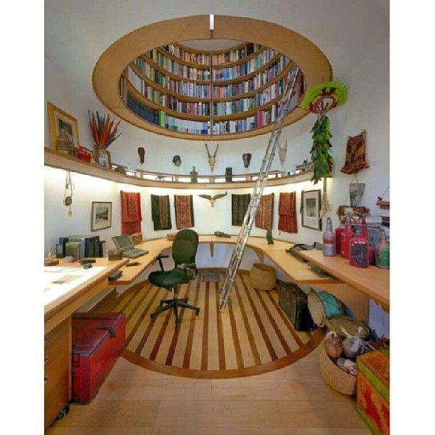 غرفة مكتب تعلوه قبة عبارة عن مكتبة واضاءة Home Library Design Dream House Home Libraries