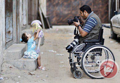 Fotografías: Una vida a imitar, fotógrafo palestino en silla nos muestra su vida en Gaza