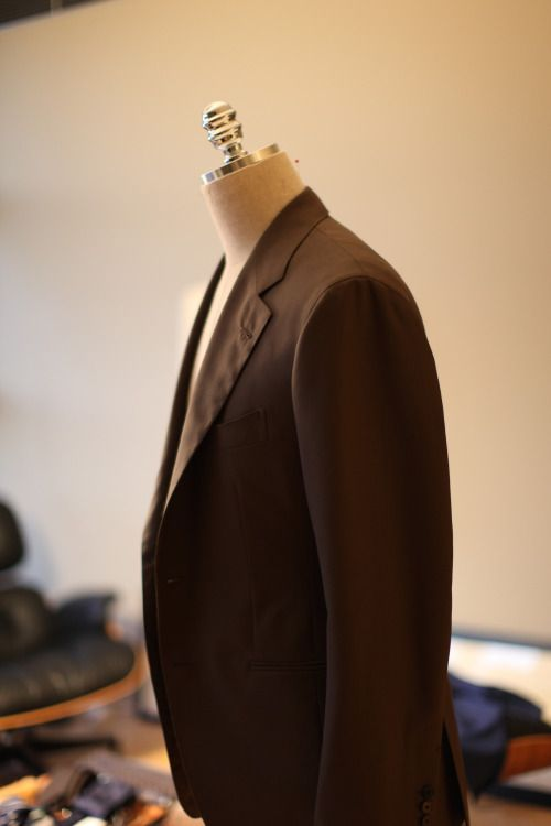 http://chicerman.com  subskin:  Brown Jacket (part of a suit) made by B&TAILOR for TFC  info@thefinerycompany.com.au  #menshoes