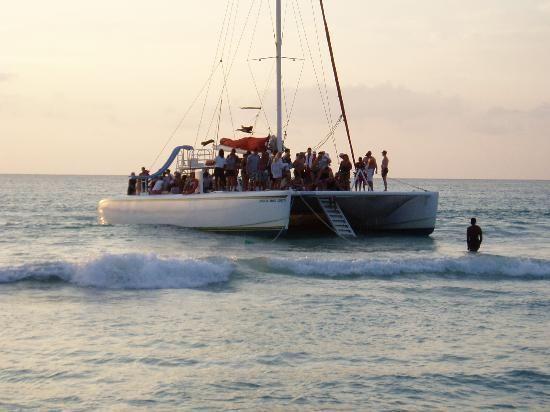 Catamaran Cruise In Negril - Island Routes
