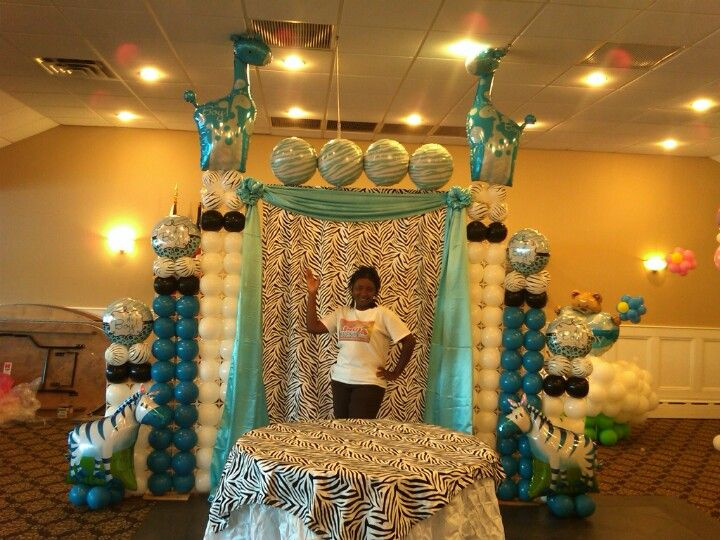 Baby shower backdrop cake design arch and table with zebra for Baby shower stage decoration