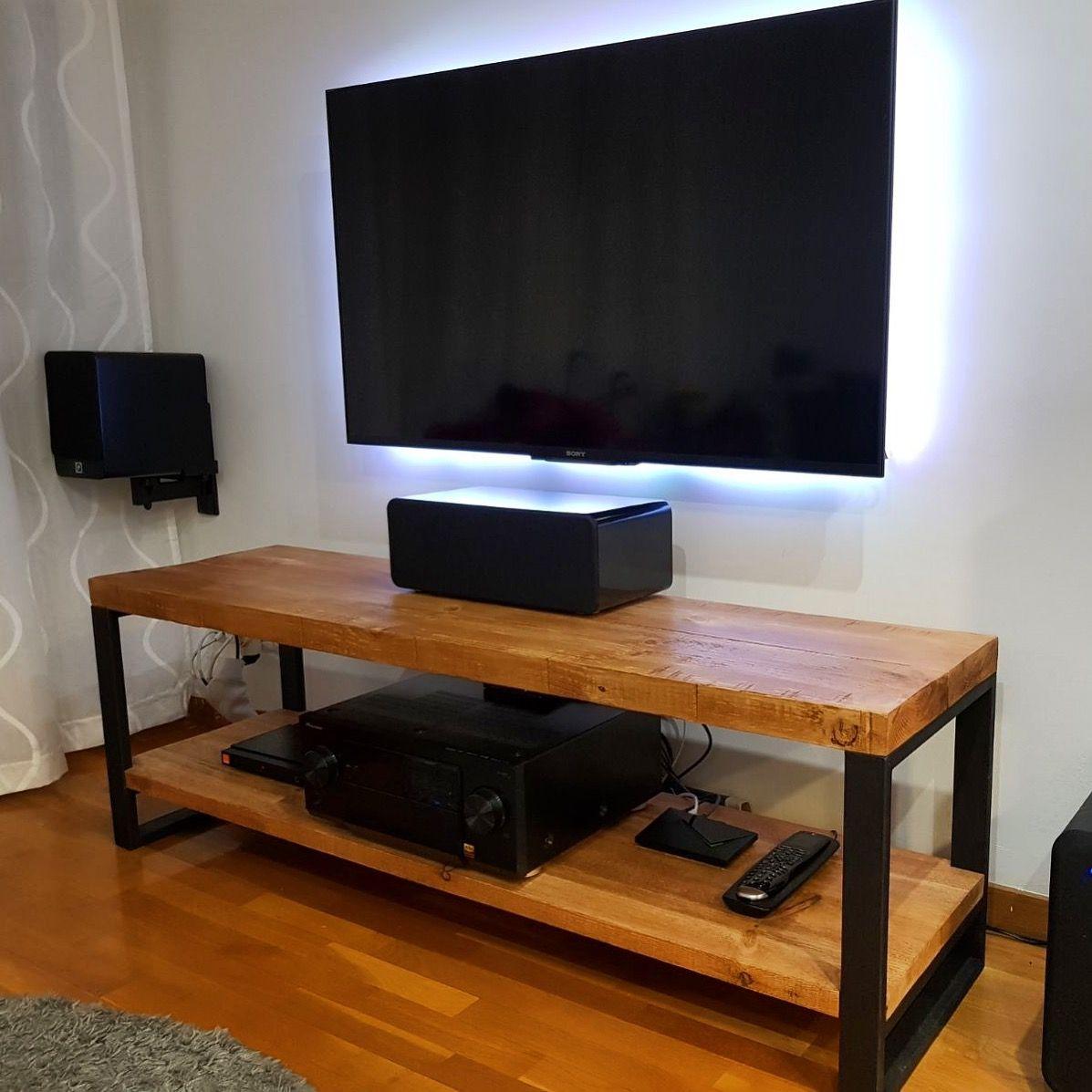 Mueble tv estilo industrial en hierro y madera fabricado a for Muebles de estilo industrial barato