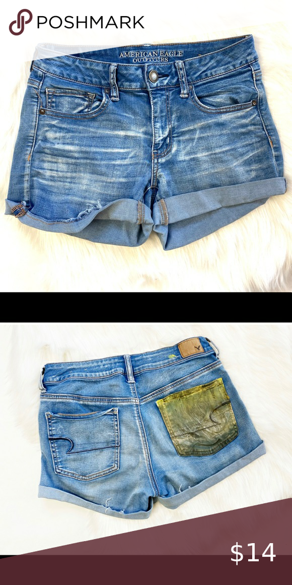 Womens American Eagle Midi Denim Jean Shorts Sz 8 • Excellent Condition  • One Back Pocket Painted • 65% Cotton 23% Viscose 11% Polyester 1% Spandex American Eagle Outfitters Shorts Jean Shorts