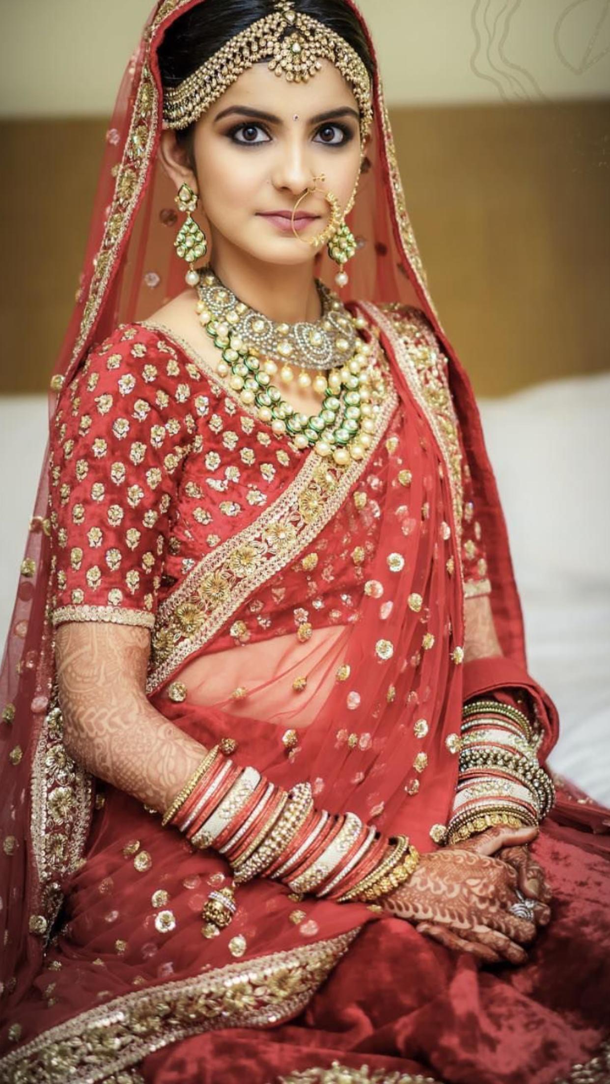 Pin de ༺AfifA༻❀༻f༺❀ en BRIDAL -RED & PINKS Desi Bride | Pinterest