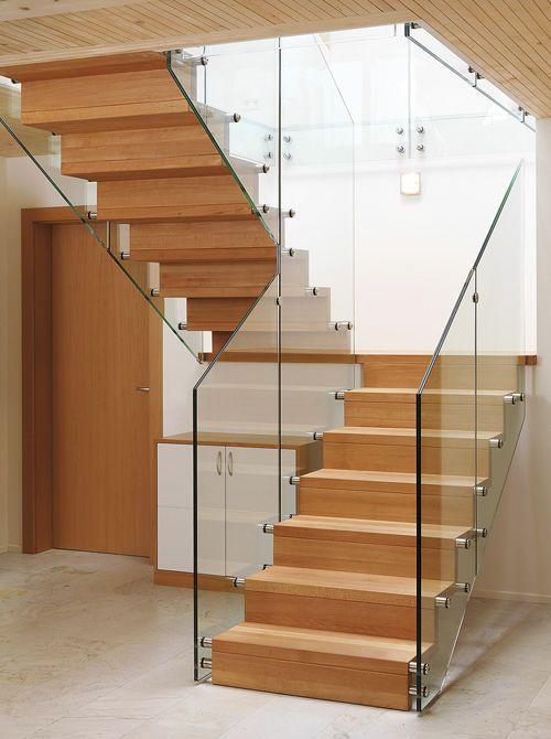 Setzstufen Treppe halbgewendelte treppe wangen mit setzstufe columbus treppe