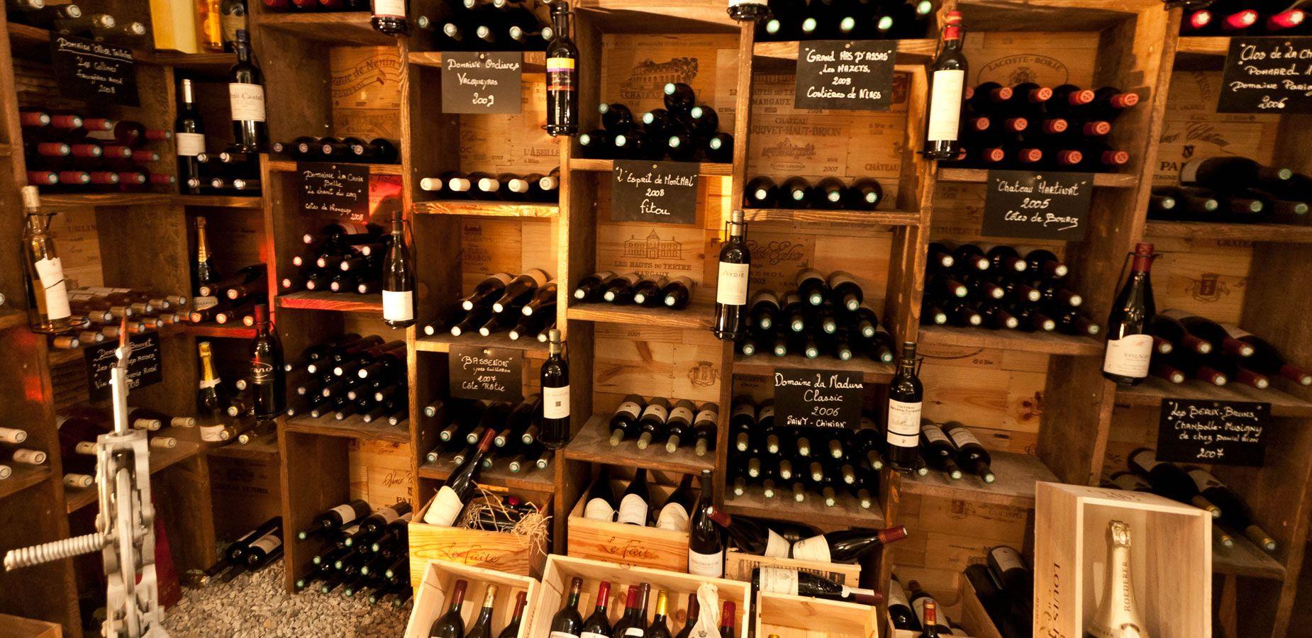 bg wine bar cave vins pinterest comment parler cave et vin. Black Bedroom Furniture Sets. Home Design Ideas