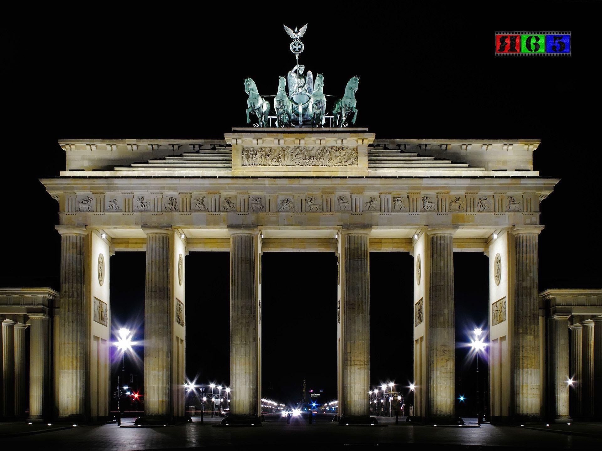 D Berlin Brandenburger Tor At Night By Artiage Ernststrasser Deutschland Germany Berlin Brandenburg Brandenburg Deutschland Germany