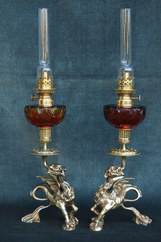 paire lampes p trole ancienne chim res en bronze et cristal de saint louis 850 00 eur. Black Bedroom Furniture Sets. Home Design Ideas