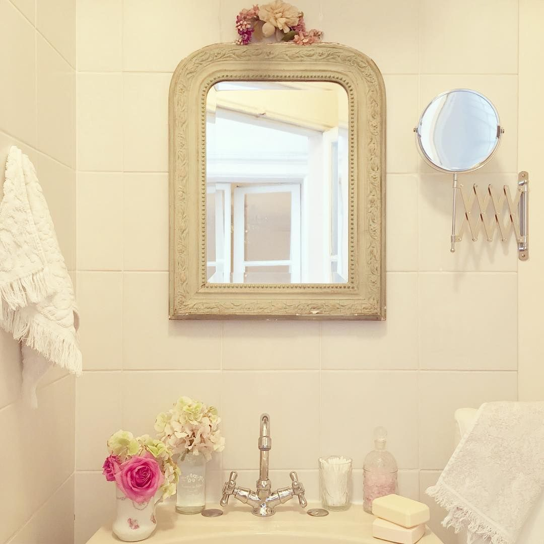 I love my new mirror! Beautifully worn green-turquoise color and ...