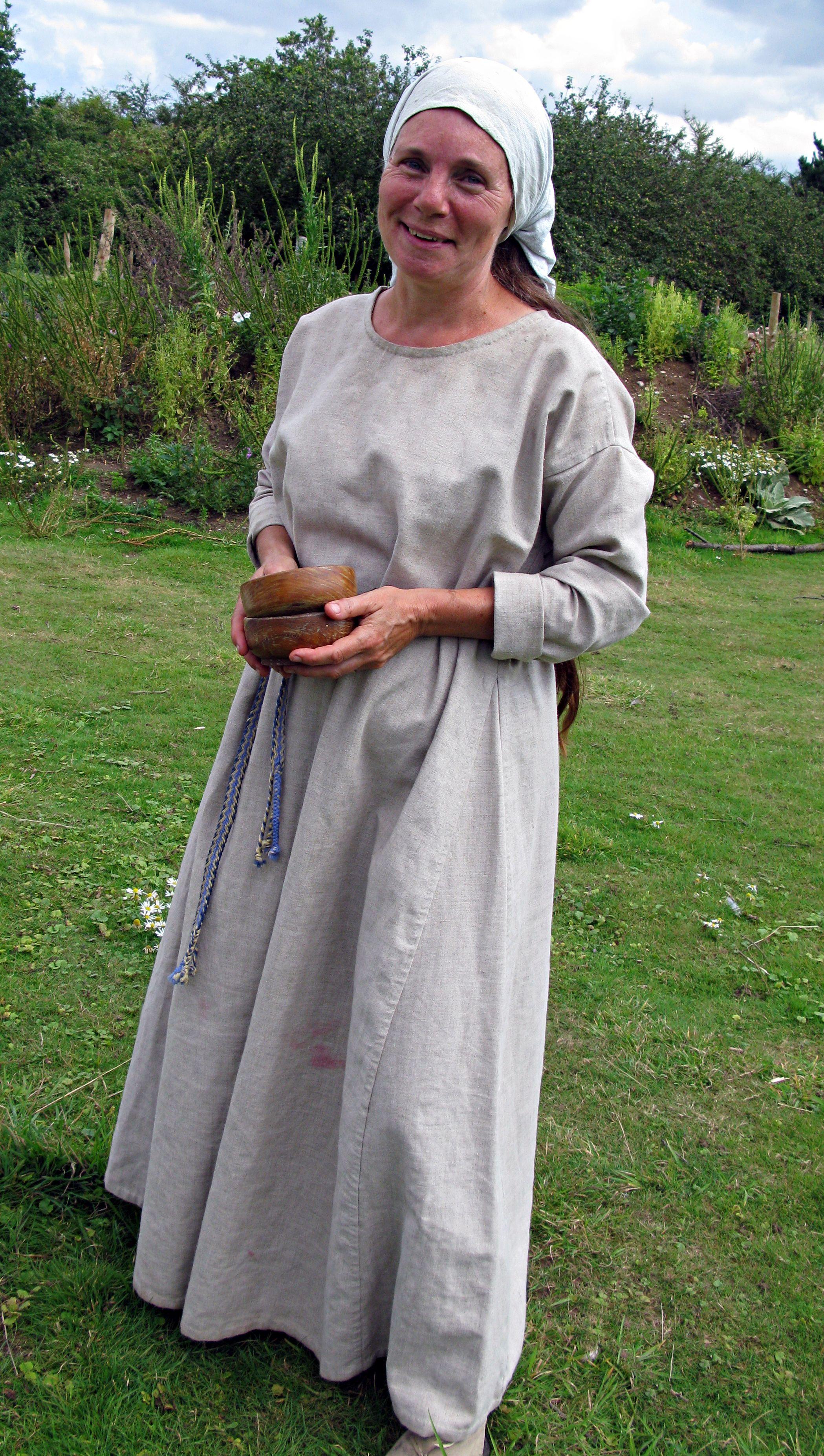 c4f1c2a161 Anglo Saxon costume