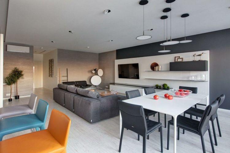 Wohnung Einrichten Grau Akzentwand Interieur Ideen Bunt Barstuehle