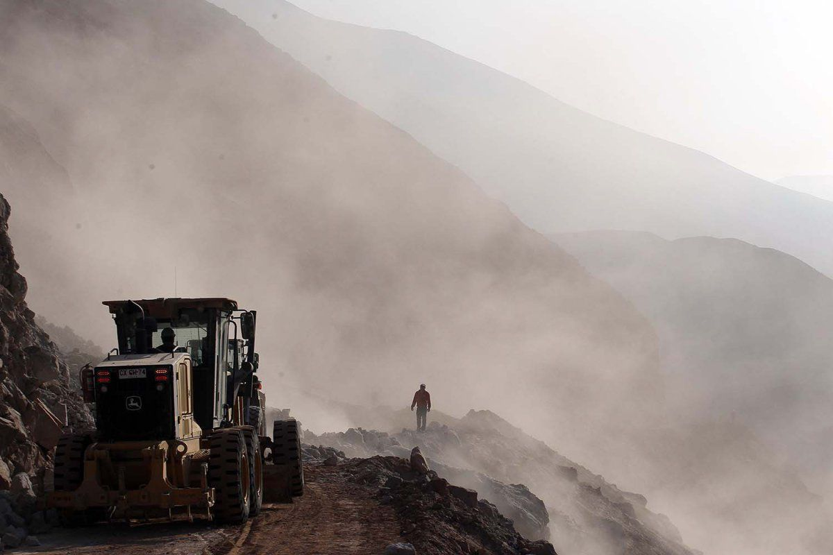 Apr. 3, 2014. Heavy machinery is used in the clearing of debris on the road leading to the town of Camarones, in Arica. The road was cut off due to the magnitude-8.2 quake that struck Chile's Northern coast on Tuesday.