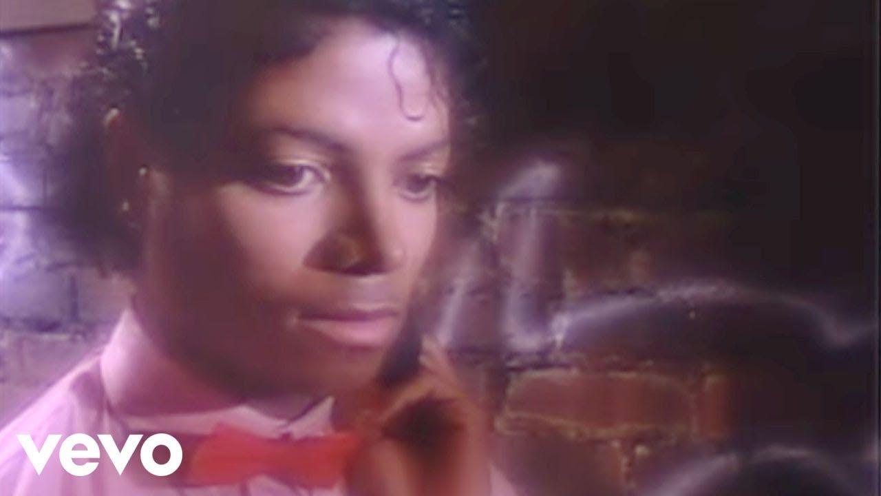 Michael Jackson - Billie Jean (Official Video) - YouTube