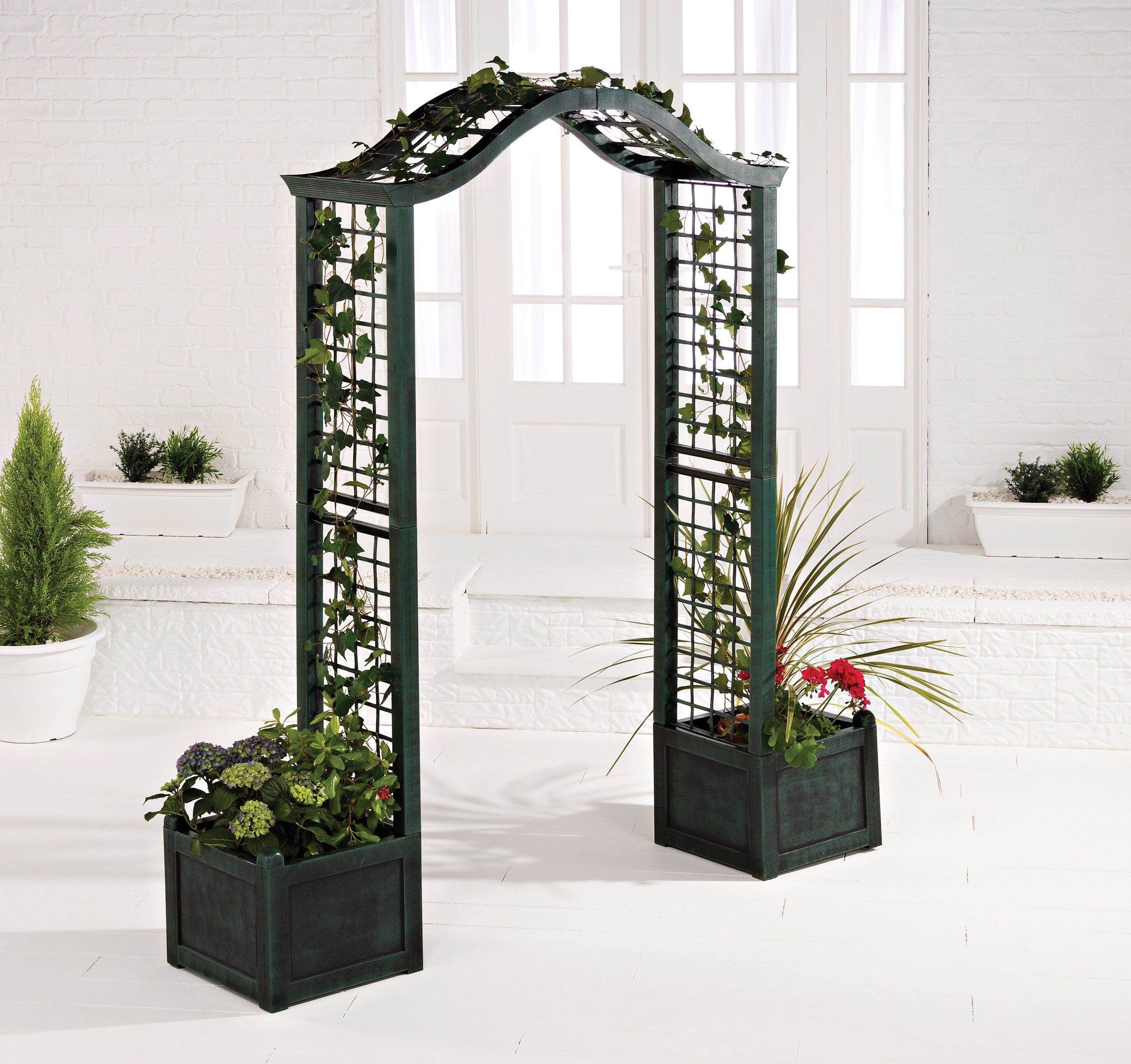Love How They Incorporated The Trellis Planters With The Archway Perfect For Garden Entrance