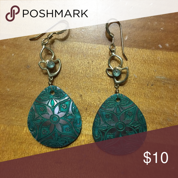 Dangling Earrings with Floral Detail Never worn. Perfect condition. Jewelry Earrings