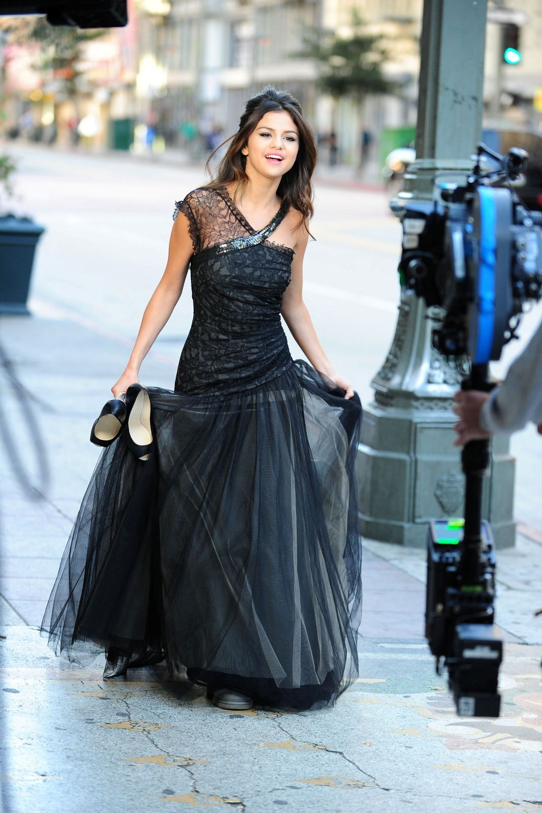 Selena gomez who says outfit love the dress uc fashion pinterest