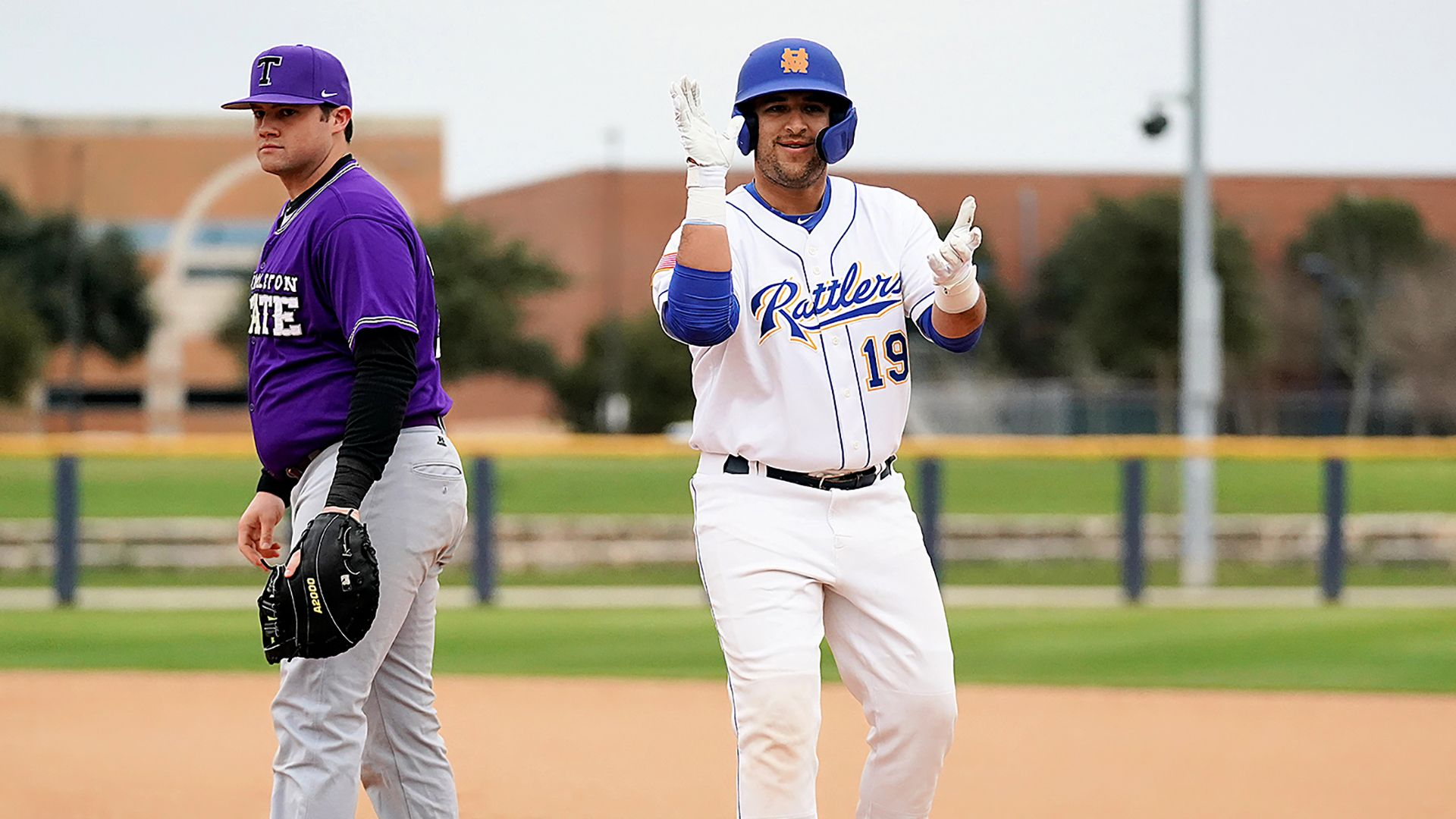 Stmu Baseball Shuts Out Tarleton State In Home Opener Athlete Baseball Sports