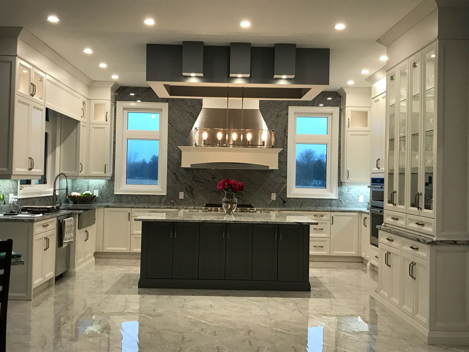 Fully Renovated Kitchen With All The Modern Amenities Proud Of A Job Well Done Kitchen Kitch Traditional Kitchen Cabinets Kitchen Design Kitchen Renovation