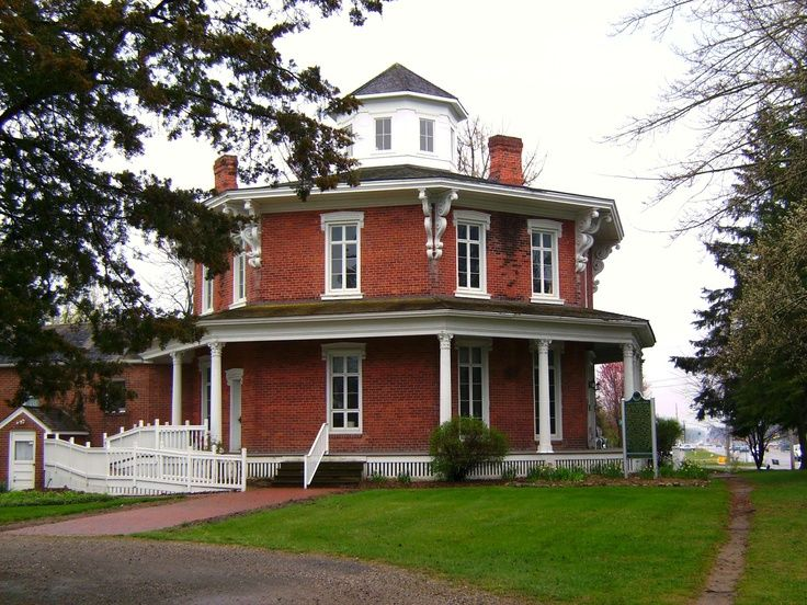 Octagon House | octagon house...hmm maybe we need to add a 3 ... on