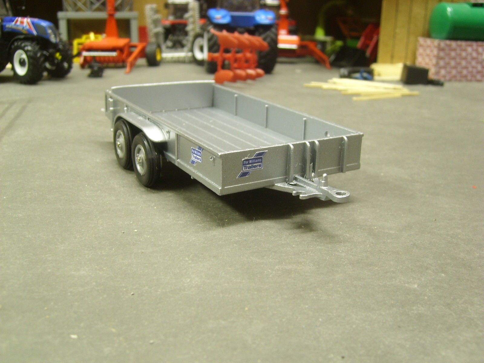 Britains ifor williams flat bed trailer conversion 1 32 ebay