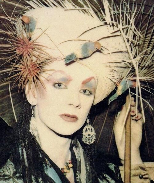 Boy George I Love This Picture Boy George Pinterest Boy George Blitz Kids And Romantic