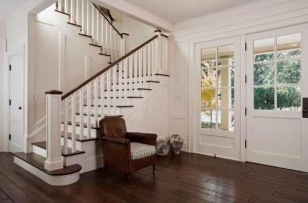 10 Stylish and Elegant Wooden Staircase Design Ideas Traditional