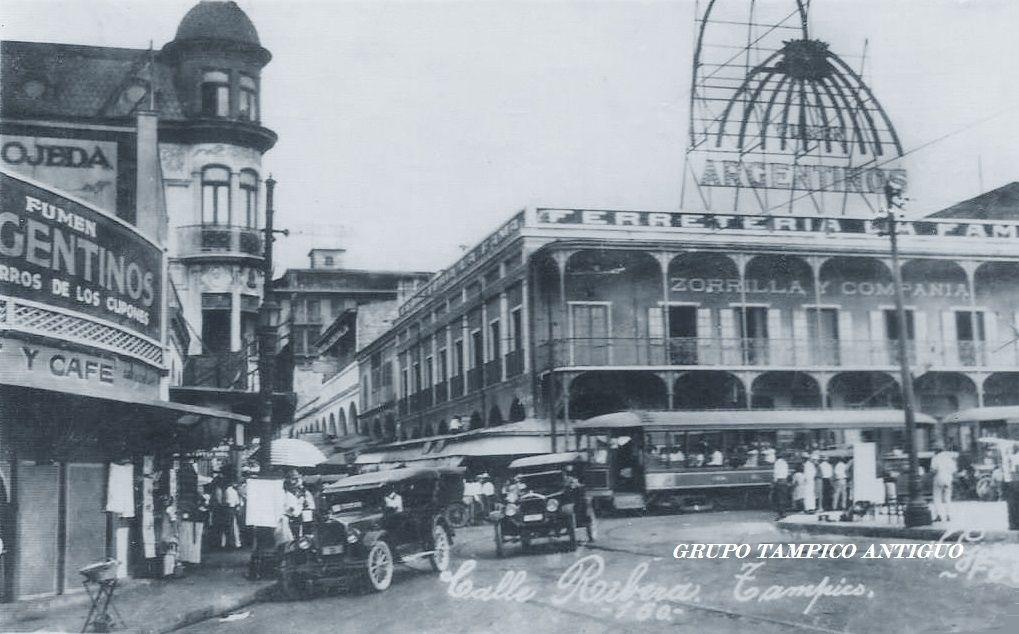 Calle Rivera y Muelle