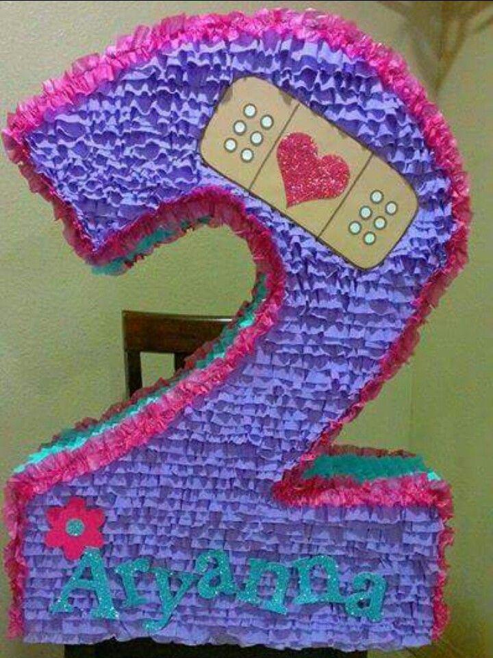 Doc McStuffin | numeros | Piñata doctora juguetes, Fiesta