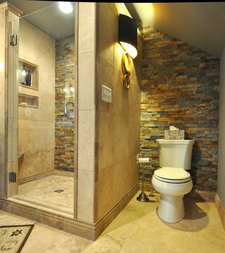 Love the tile following all the way past the toilet. Tiles ...