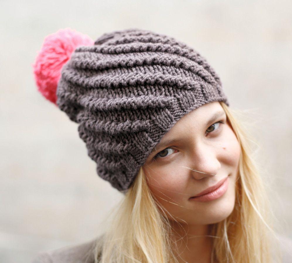 aeea5e611c3 Modèle bonnet twisté femme - Modèles Gratuits Femme - Phildar Modèle De  Bonnet En Tricot