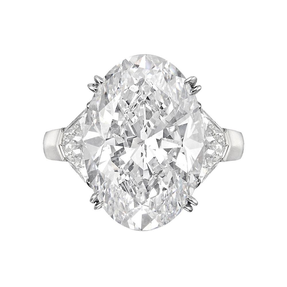 Betteridge carat ovalcut diamond engagement ring paint