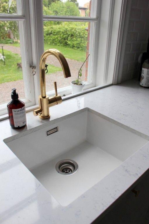 Under Counter Kitchen Sink Mounting Med Bilder Hvitt Kjokken