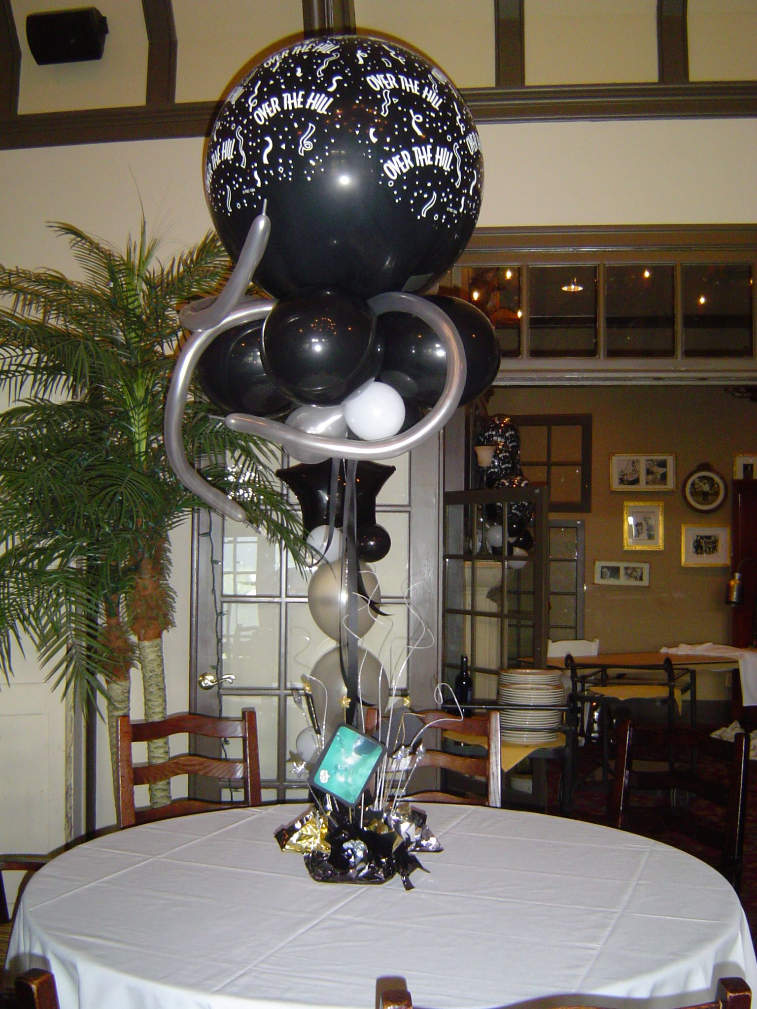 Birthday table decorations for men - 40th Birthday Decorations Birthday Decor Gallery 40th Birthday Balloon Table Centerpiece 2