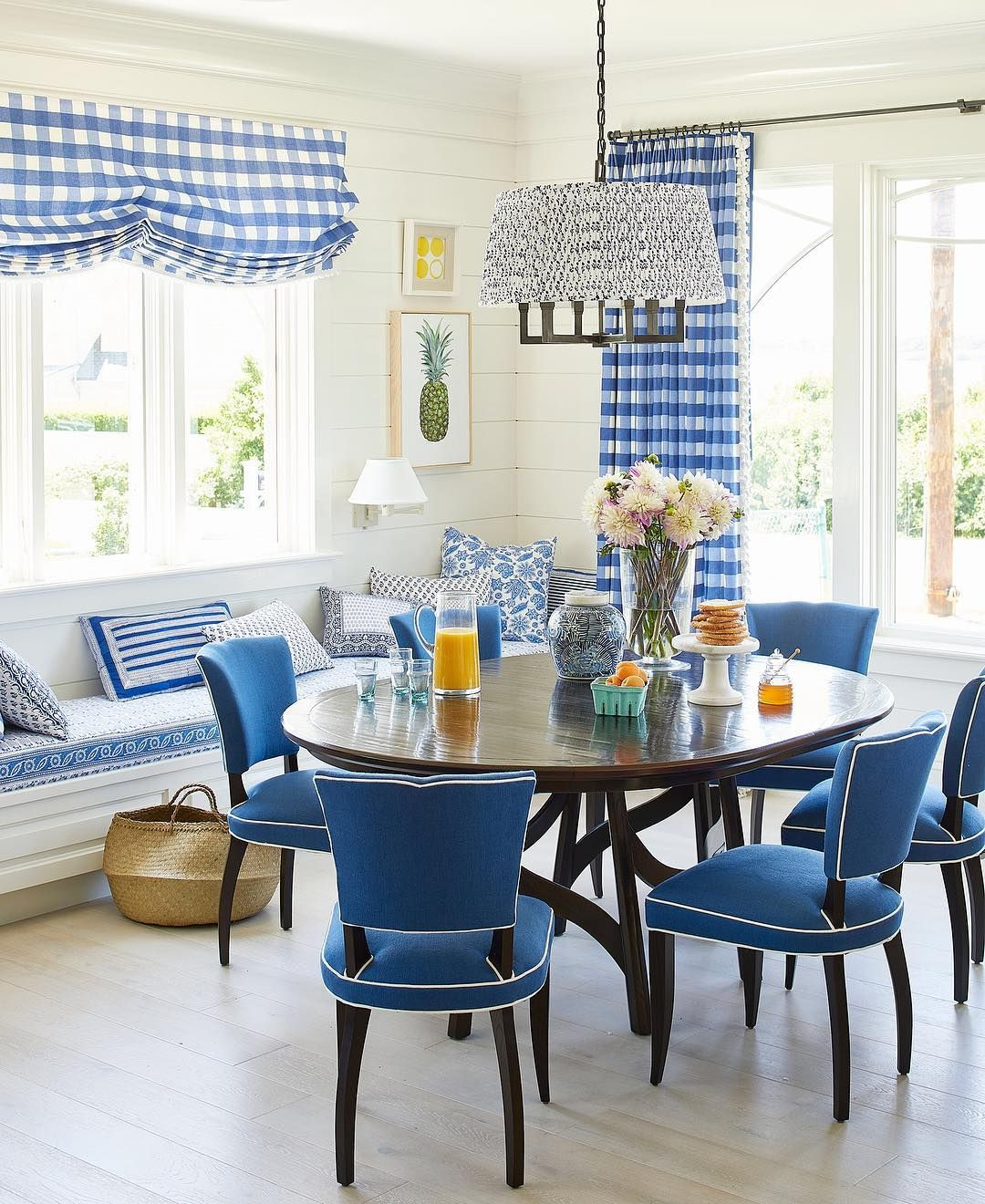 Coastal Living Idea House 2017 A Blue Cottage Dream Dining Room
