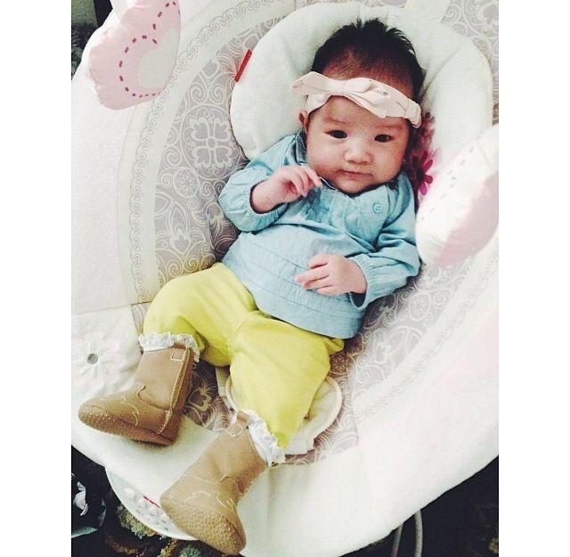 H at four weeks old - newborn fashion