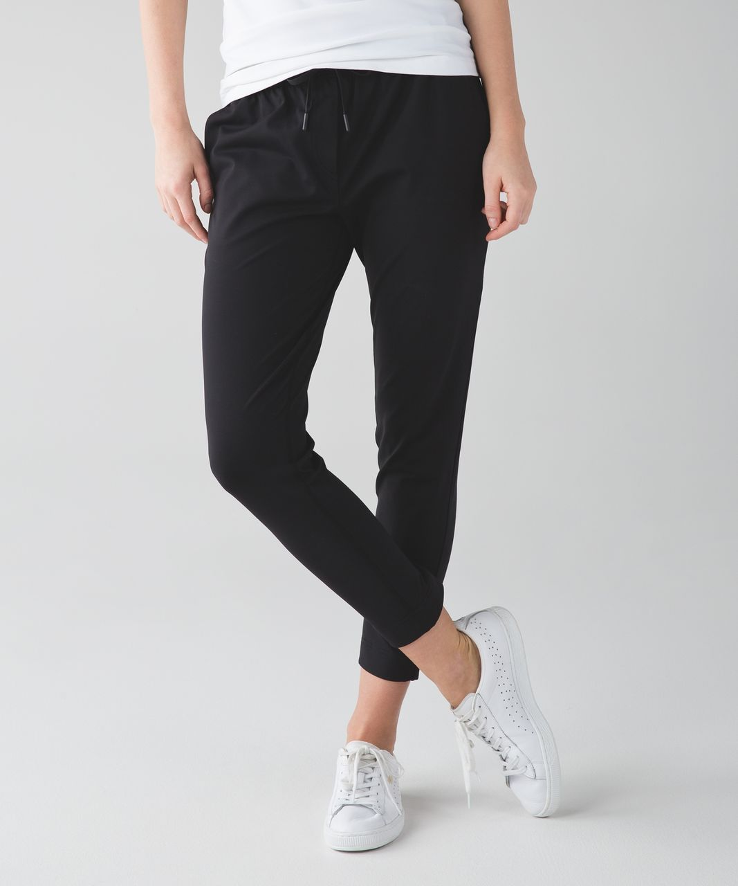 bfd368f2a7 Lululemon Jet Crop (Slim) *Luxtreme - Black in 2019 | lululemon ...