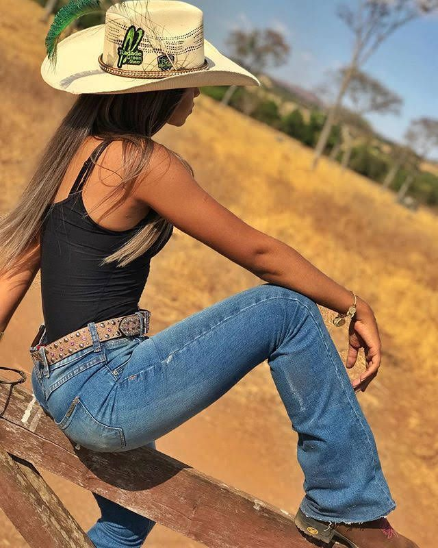 Sexy cowgirl halloween costumes