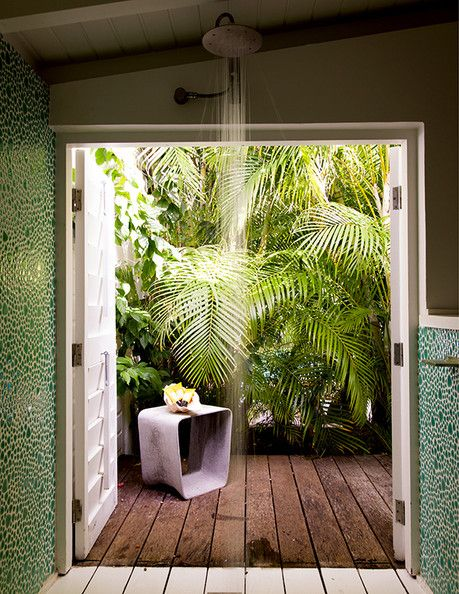 La Banane in St Barth\u0027s, a shower with a view to a palm-shaded