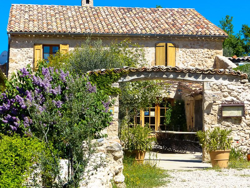 Moustiers Sainte Marie Digne Les Bains Alpes De Haute Provence Provence Alpes Cote D Azur F Moustiers Sainte Marie Gite De France Vieilles Fermes