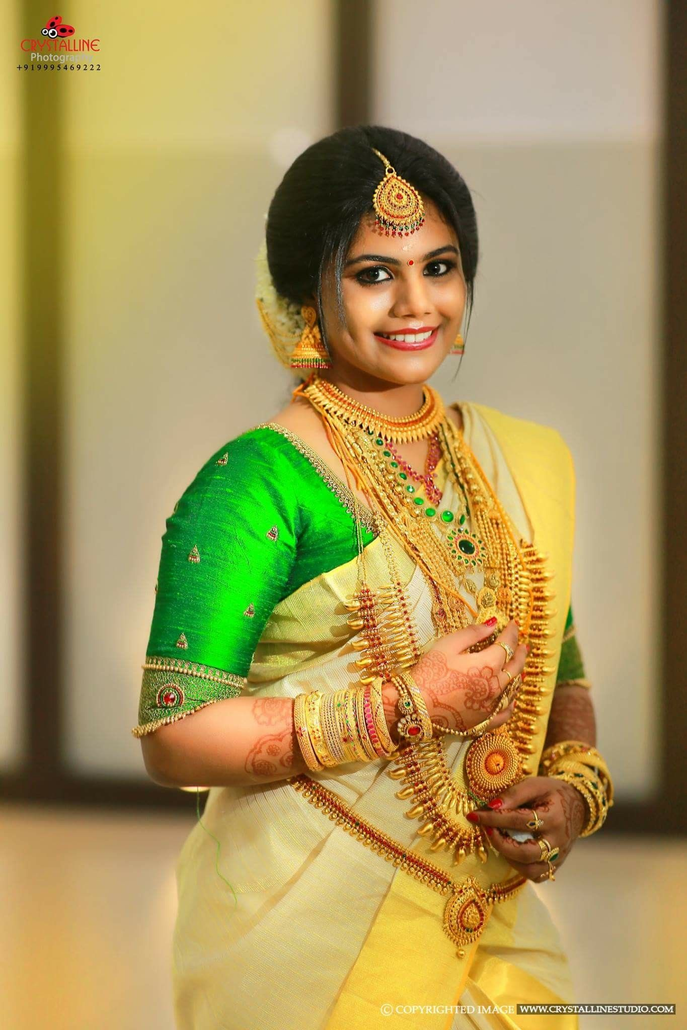 PinterestSnehaNair😎 Kerala bride, Set saree, South