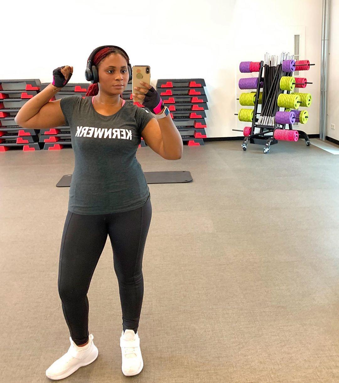 Hallo meine lieben  Ich probiere gerade das Fitnessprogramm @kernwerktraining aus.  Mir selber würde...