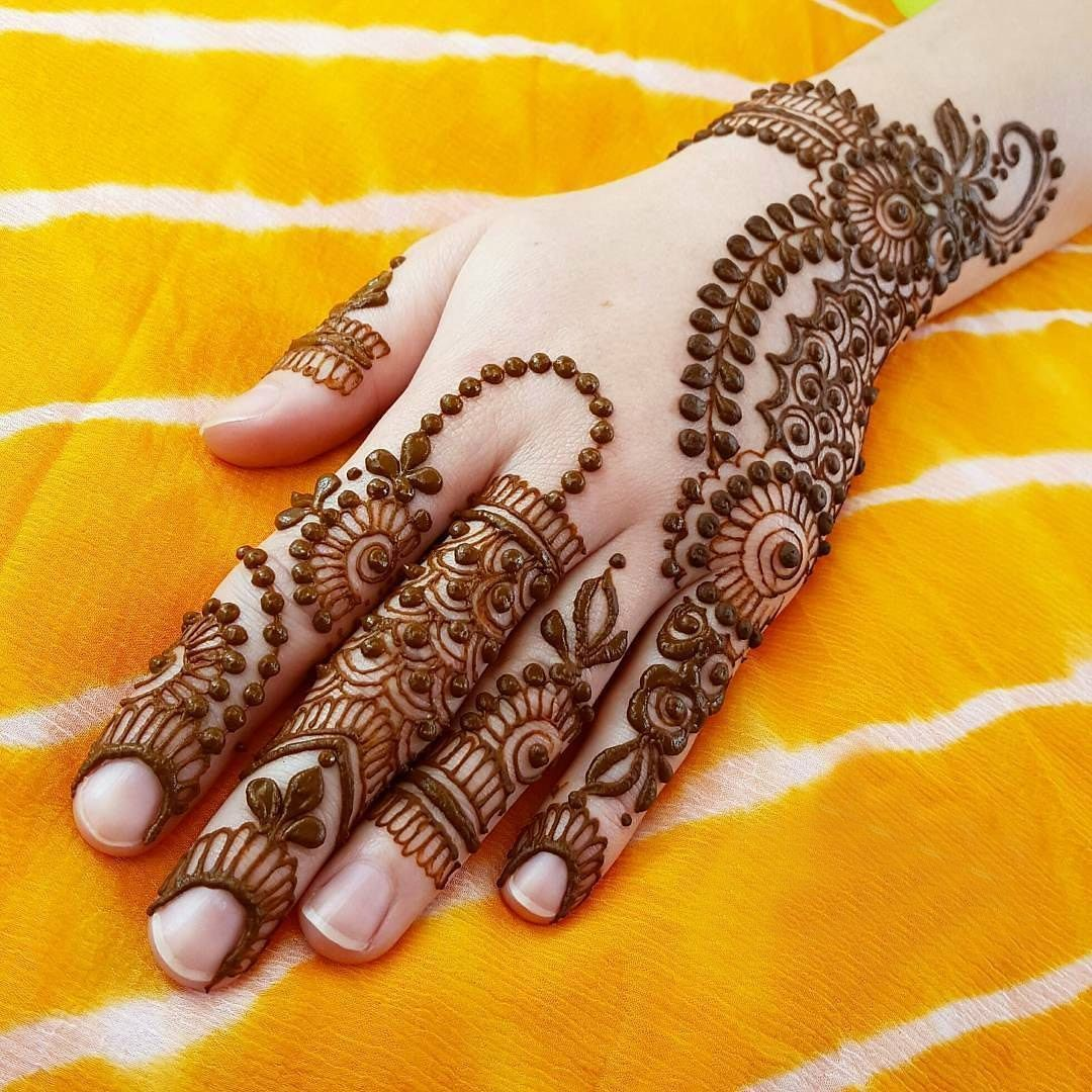20 Beautful Henna Designs For Nikah: Download Latest Mehndi Designs For Daily Routine Images