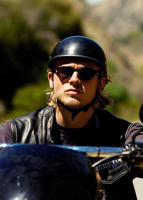 Pin By Jen Walter On Soa Charlie Hunnam Charlie Sons Of Anarchy