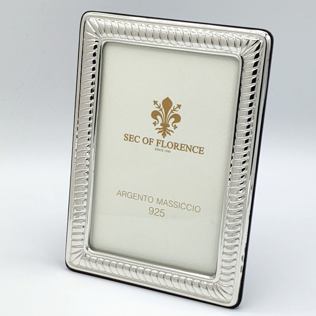 Handmade Sterling Silver Photo Picture Frame 1021 10x15 Gb New 3 9 X 5 9 Inches In 2020 Frame Handmade Handmade Sterling Silver