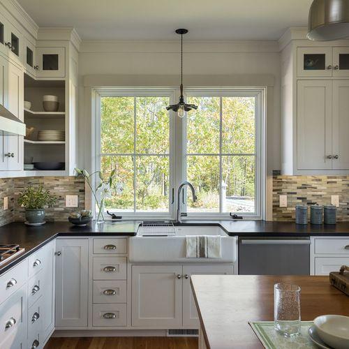 id es d co pour une cuisine am ricaine classique en l de taille moyenne avec un vier 1 bac un. Black Bedroom Furniture Sets. Home Design Ideas