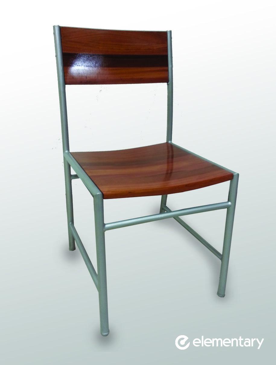 sencilla y elegante... silla metálica con respaldo y asiento de ...