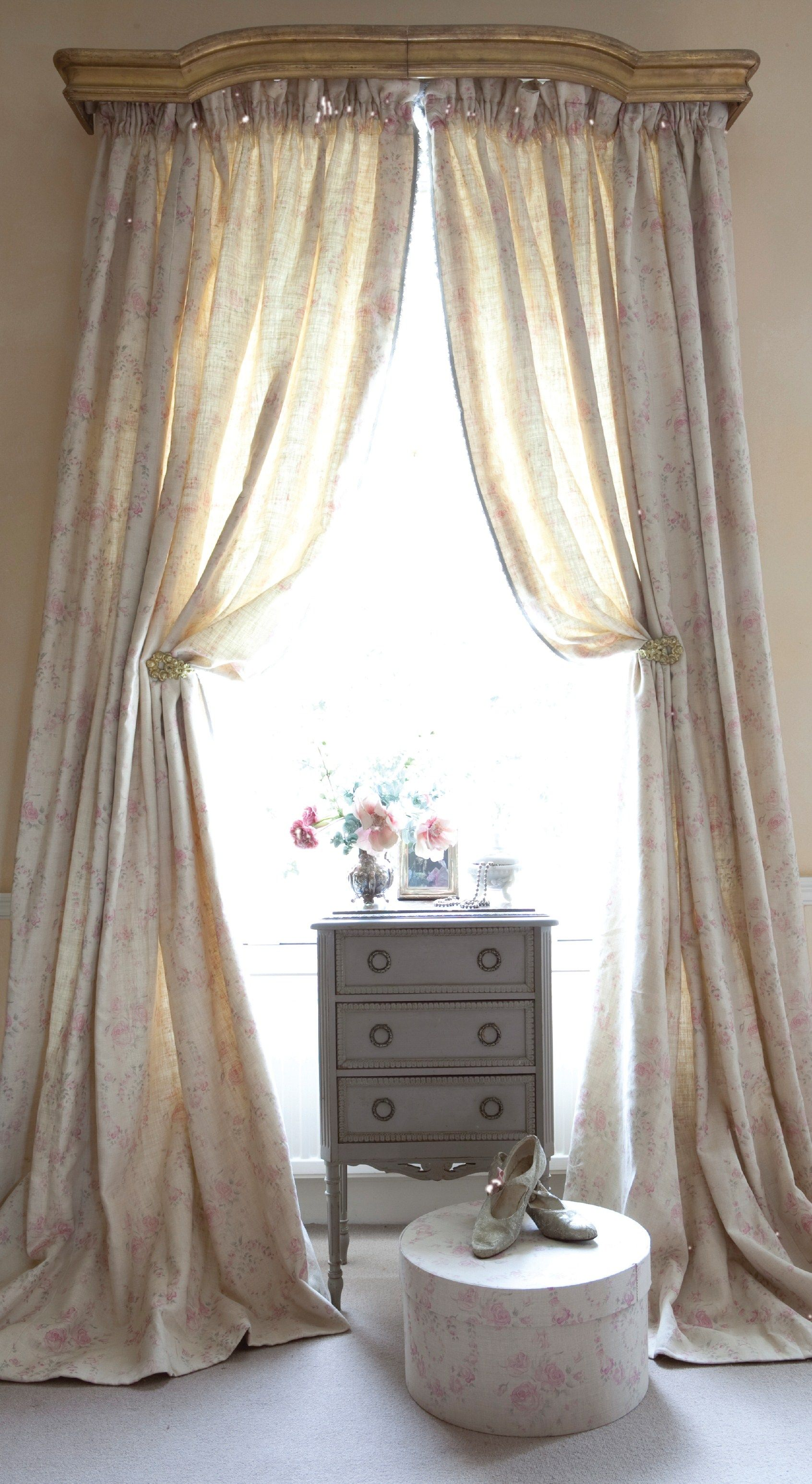 There S Something Weird About These Long Curtains That Only Bunch Up Partially When You Pull Them Aside It Seems Very H Classic Curtains Curtains Vintage Room