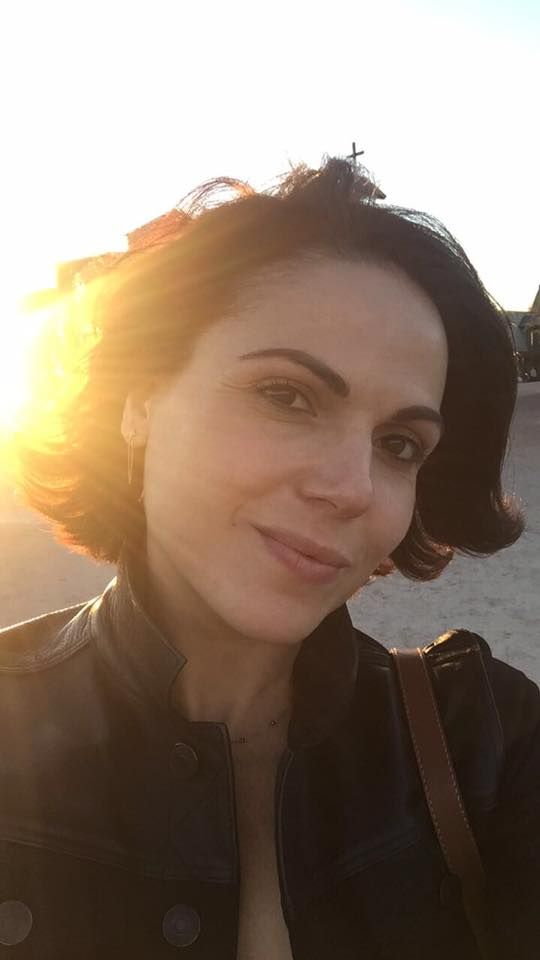 Lana Parrilla and family - Thanksgiving 2016