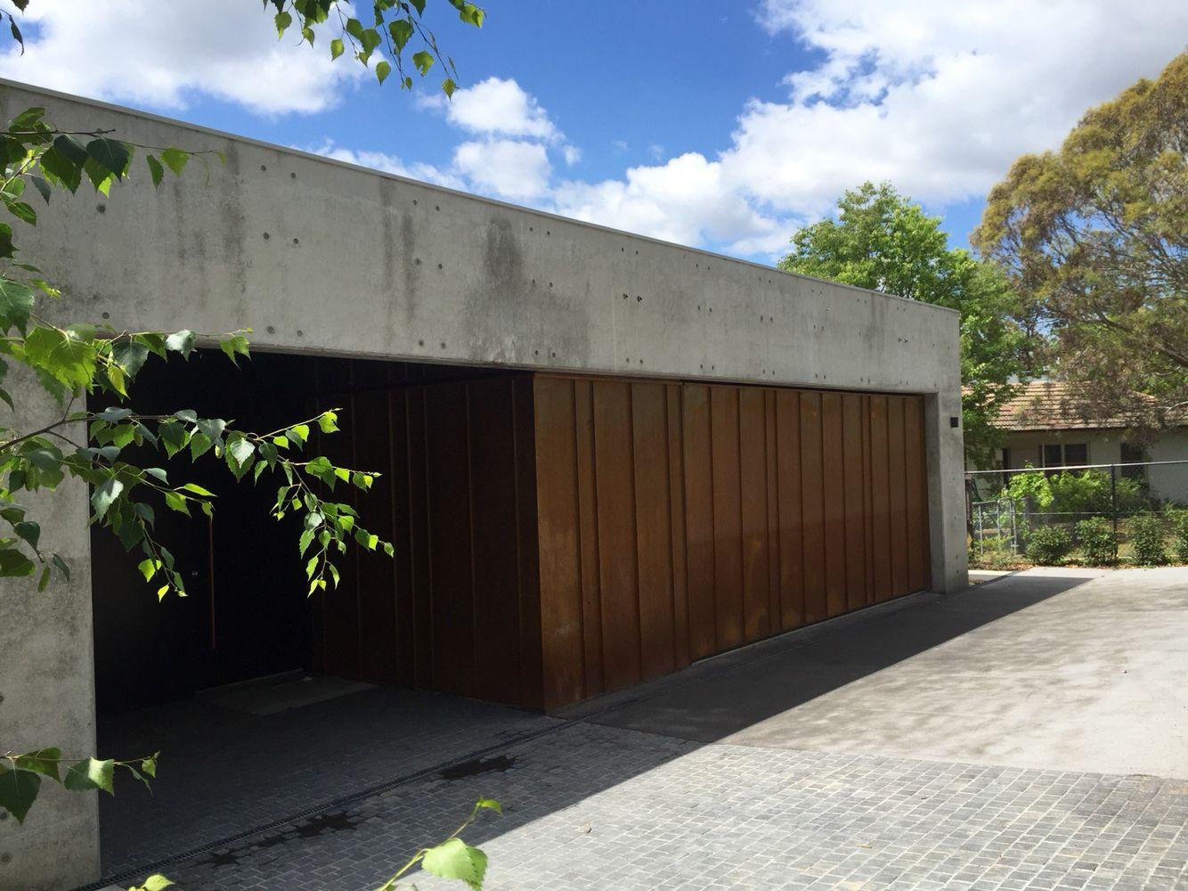 Concrete Corten Entry And Garage Concrete Facade Car Shed Garage Doors